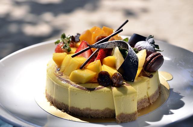 dezert s ovocem